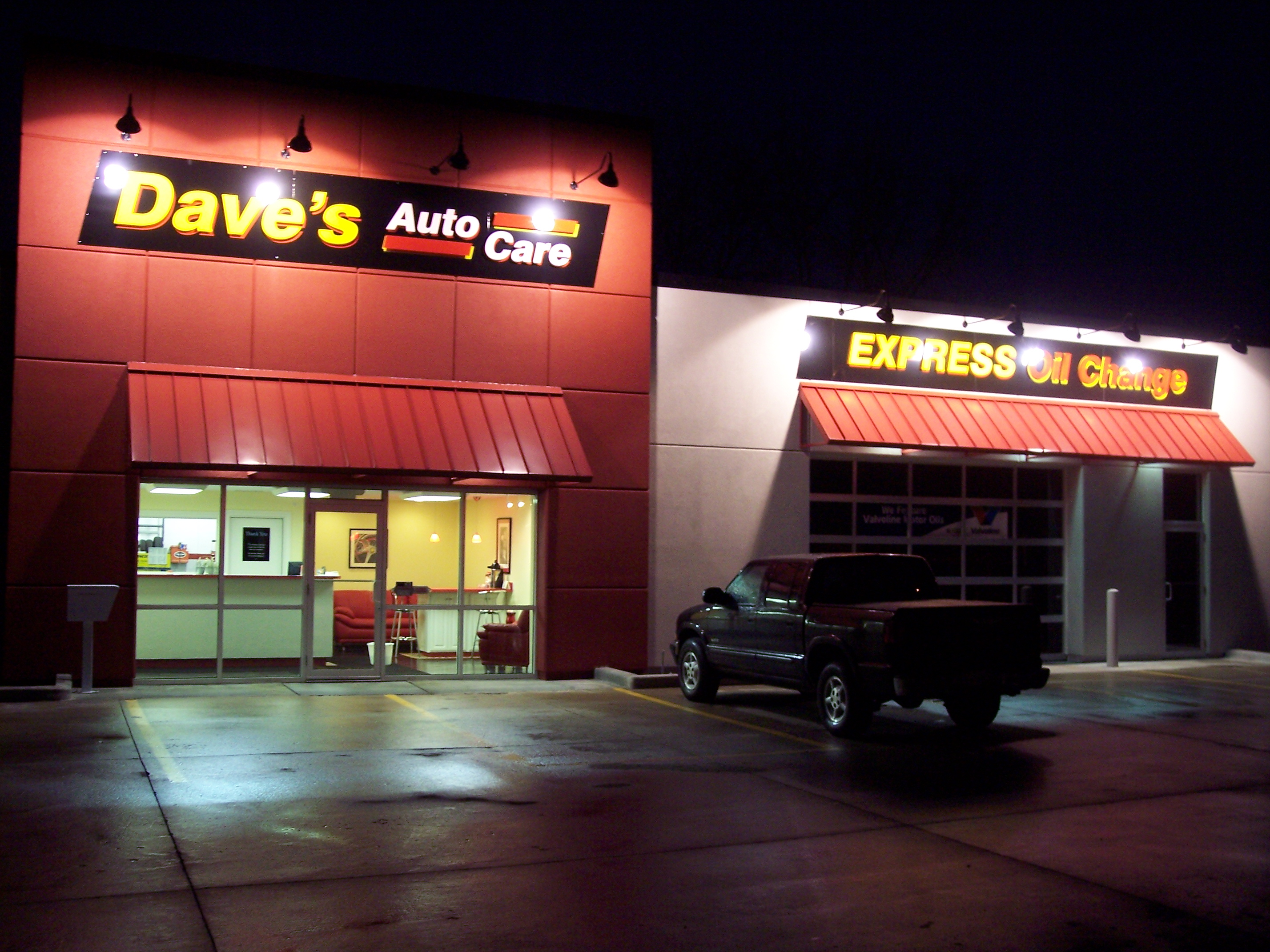 Dave's Auto Care - Willoughby